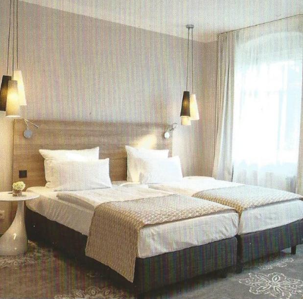 ikea liseuse chambre. Black Bedroom Furniture Sets. Home Design Ideas